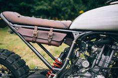 A Old Empire Motorcycles é uma daquelas customizadoras que tem uma assinatura bastante reconhecível. Linhas limpas, cores sóbrias, cou...