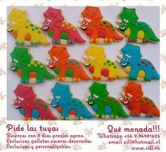 Dinosaur icing cookies