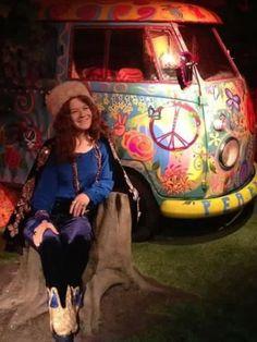 ♡♥Janis Joplin relaxes sitting in a stump near her psychedelic van♥♡