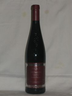 Yes... yes... yes...!! I would love to find this wine here in CA to buy     Hungarian Red- best wine ever!