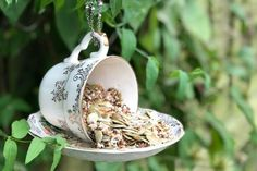 These DIY Teacup Bird Feeders are super cute and so easy to make. They are a brilliant way to use teacups and saucers that I keep collecting from charity shops. Easy Mosaic, Recycling, Mosaic Pots, Diy Bird Feeder, Diy Fence, Giant Paper Flowers, Pot Lids, Curtains With Rings, Wooden Diy