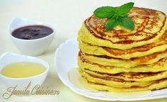 Pancakes – Clatite americane - reteta video Salad Recipes, Dessert Recipes, Desserts, American Pancakes, Tasty, Yummy Food, Puddings, Family Meals, Love Food