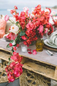 Philosophical beach wedding theme Visit us at Floral Centerpieces, Wedding Centerpieces, Wedding Table, Floral Arrangements, Wedding Bouquets, Wedding Decorations, Wedding Band, Bougainvillea Wedding, Floral Wedding