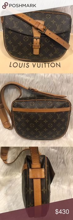 d6c31dc8374 Louis Vuitton Jeune Fille GM (Large Size).  9.4 100% Authentic. Can be worn  as a cross body. This is the GM (larger size). Is used so it does show  signs of ...