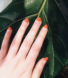 14 Minimalist Nail Art Designs That (Actually) Aren't Boring | Byrdie