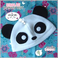 biz - Panda Hat by shiricki on DeviantArt Little Panda, Panda Love, Panda Bear, Pom Pom Animals, Tilda Toy, Fleece Hats, Kids Patterns, Kids Coats, Totoro