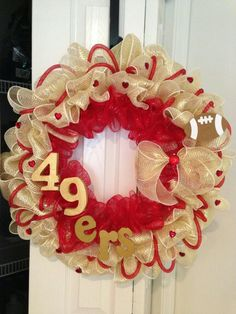 My 49ers wreath my sis made for me yes love at 49° !