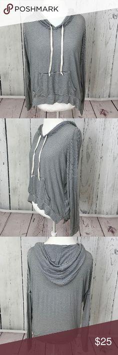 Brandy Melville Striped Long Sleeve Hoodie Very good preowned condition,brandy Melville, Striped hoodie, one size Brandy Melville Sweaters