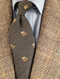 Classic style we are addicted to We create not only small series fashionable accessories for everyday. Der Gentleman, English Gentleman, Gentleman Style, Southern Gentleman, Classic Men, Classic Style, Ivy League Style, Suit Accessories, Mens Fashion Shoes