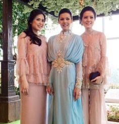 Hijab Gown, Kebaya Hijab, Kebaya Brokat, Kebaya Muslim, Muslim Dress, Kebaya Lace, Batik Kebaya, Kebaya Dress, Batik Dress