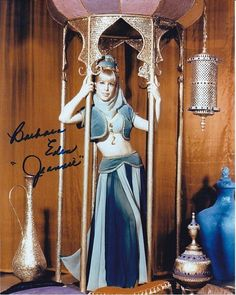 BARBARA EDEN signed autographed I DREAM OF JEANNIE photo (2)