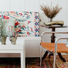 Suzanis and ikat go together so very well!