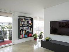 Lagolinea shelf @ Appartamento LAGO Bolzano. #lagodesign #interiordesign #appartamentolago #black #light