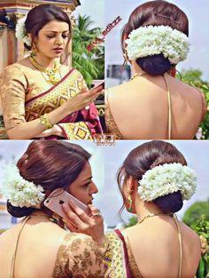 Tall Fashion Tips .Tall Fashion Tips Today's Fashion Trends, 70s Fashion, French Fashion, Spring Fashion, Fashion Dresses, Indian Long Hair Braid, Braids For Long Hair, Snake Girl, Fashion Tips For Girls