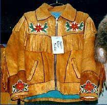 Virtual Saskatchewan - Robertson Trading Company Ltd. in La Ronge Native American Decor, Native American Clothing, Native American Beadwork, Erin Robertson, Indian Outfits, Indian Clothes, Native Beading Patterns, Beaded Jacket, Trading Company