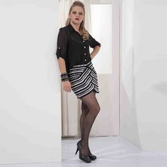Mini-saia bordada Camila Fashion
