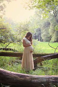Maternity Photos- Kandice Stewart Photography