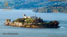 La Isla de Alcatraz (en inglés: Alcatraz Island), informalmente referida simplemente como Alcatraz o, localmente, como La Roca (The Rock), es una pequeña isla ubicada en el centro de la bahía de San Francisco en California, Estados Unidos. En ella se localiza el Faro de Alcatraz, y antiguamente fue utilizada como fortificación militar, como prisión militar y posteriormente como prisión federal hasta 1963. Se convirtió en parque nacional en 1972 y recibió las designaciones de Hito Histórico…