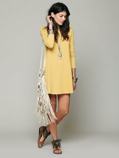 Yellow tunic outfit and bag