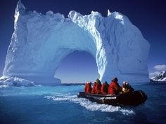 Antarctica is not much explored, owing to the difficult voyage it has to offer. But if you do decide to travel to Antarctica, this is what you should know. Places To Travel, Places To See, Travel Destinations, Travel Trip, National Geographic Wild, Antarctica Cruise, Holiday Travel, Luxury Travel, Adventure Travel