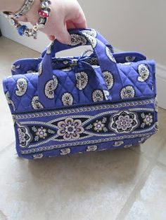 Sew Many Ways...: Tool Time Tuesday...Sewing/Craft Kit To Go.  This is a travel kit stocked with crafting supplies so that it is ready to go!