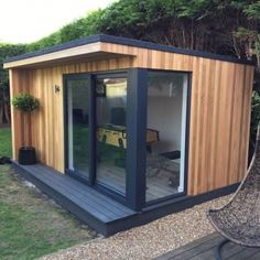 Enhance Your Propety With a Garden Room/Outbuilding Garden Office Shed, Backyard Office, Backyard Studio, Backyard Sheds, Outdoor Office, Outdoor Rooms, Contemporary Garden Rooms, Office Pods, Garden Cabins