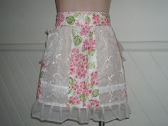 sweet floral and lace vintage hostess apron