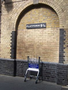 Platform 9 3/4 @ King's Cross Railway Station, London