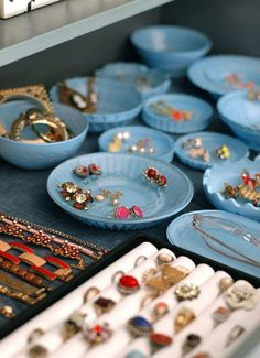 DIY blue opaline dishes – perfect for organizing jewelry!