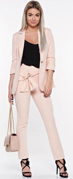 Tinuta office in trend PrettyGirl rosa White Jeans, My Style, Girls, Pants, Beauty, Fashion, Toddler Girls, Trouser Pants, Moda