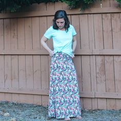 LuLaRoe classic tee and maxi skirt great spring uniform outfit