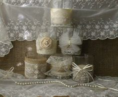 WEEKEND SALE Burlap and lace wedding tea candles por Bannerbanquet
