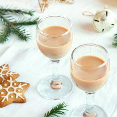 Der Thermomix erleichtert euch die Zubereitung von tollen Gerichten, Gebäck und Likör. Wir haben für euch die besten Thermomix-Rezepte für Weihnachten zusammengestellt...