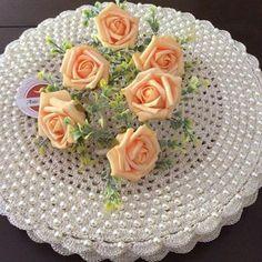 Oi....todas as cores e flores para a  primavera  . Bom dia pessoas lindas!!! . . Sousplatscroche com pérolas para embelezar a sua mesa❤️❤️ .  Faça a sua encomenda  . ❌Sousplatscroche com pérolas ➡️50 reais  a unidade . . #Bomédia #arteemlinha  #crochet  #crocheting  #perolas #sousplat  #sousplatscroche  #mesalinda #meseiras #meseirasassumidas #meseirasparaibanas  #mesaposta #mesahits #instagram #homedecor #recebercomestilo  #receberbem #recebercomcharme  #tablet #table...