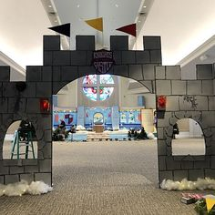 An exciting quest for VBS in 2020 with Knights of North Castle: Quest for the King's Armor! Castle Theme Classroom, Classroom Themes, Cardboard Box Crafts, Cardboard Castle, Princess Castle, Princess Party, Castle Party, Medieval Party, Vbs Themes