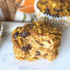 Recipes Snacks Videos These baked pumpkin oatmeal cups are the perfect solution for busy fall mornings. Make a batch during your weekly meal prep and eat them throughout the week! Healthy Sweet Snacks, Nutritious Snacks, Healthy Desserts, Raw Food Recipes, Delicious Desserts, Snack Recipes, Healthy Recipes, Pumpkin Oatmeal Muffins, Oatmeal Cups