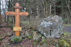 Watzenhahn | Kurz vor dem Gipfel grüßt ein Wegekreuz die Wanderer