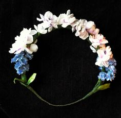 White and blue flower crown #DIY #emilysearle