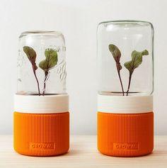 GROWW, A 3D Printed Minimalist Greenhouse http://3dprint.com/89229/groww-3d-printed-greenhouse/