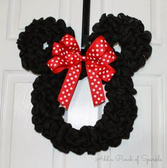 Add A Pinch Of Sparkle: Minnie Mouse Wreath: Tutorial.