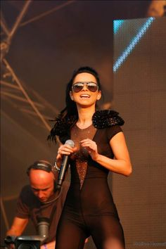 The Sexy Performing Inna