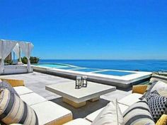 Listing number:P24-102953182, Image number:3 Number 3, Cape Town, Outdoor Furniture, Outdoor Decor, Sun Lounger, Townhouse, Westerns, Luxury, Places