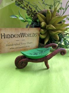 120 easy to try diy polymer clay fairy garden ideas (25) #miniaturefairygardens #minigardens