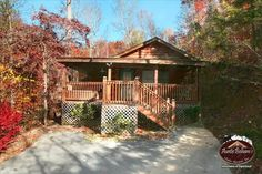 Hillside Haven is within minutes of #Gatlinburg and #Pigeon #Forge, yet it is so private you will think you are the only one in town. The large 1 bedroom #cabin has everything you need to relax and enjoy your time away from everyday life.  Start the day with breakfast in the King size bed then take a short drive to Gatlinburg or Pigeon Forge and #shop until you drop then return back to your little cabin in the woods to soak away all your cares in the hot tub on the covered deck.