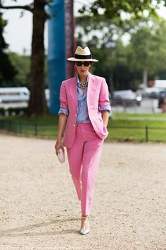 pink pant suit + white/blue striped shirt + silver shoes + statement necklace + hat = <3