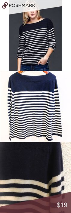 """Gap boat neck stripe sweater Great closet basic, very French! Navy and white stripes and classic cut. The yarn has a halo to it, and is lightweight but warm. Nylon wool and acrylic. 23"""" bust and 28"""" in length. Size XL GAP Sweaters"""