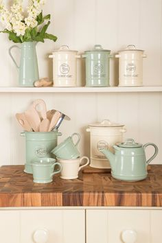 .... ♥♥ .... 'Pride of Place' – T&G Woodware's vintage ceramic collection in Old Cream and Old Green