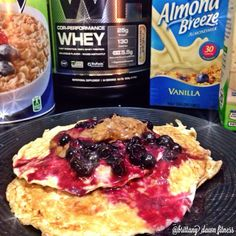 "protein pancakes for lunch because I canrecipe: 1/3 cup oats (chopped up in food processor), 1/2 cup liquid egg whites, 1/4 cup almond milk, 1 scoop Cellucor Cinnamon Swirl from @CampusProtein.comtopped with blueberries heated in the microwave to make a ""syrup"" & walden farms pancake syrup❤️ (don't preach to me about artificial ingredients in their products, because I don't care) #FlexibleDieting #ProteinPancakes #PancakePorn #IIFYM #FoodPorn #FitChicks #FitFoods #CleanRecipe"
