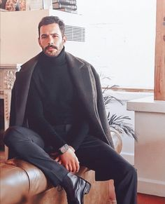 Turkish Actors, Barista, Celebs, Winter, Sexy, Turkish Men, Man Style, Novels, Winter Time