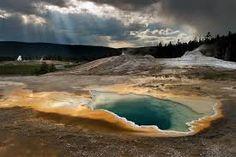 Super Volcán Yellowstone Derrite Carretera ¿Que Pasaria Si El Volcan Estalla?